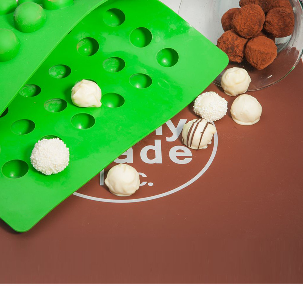 Classic Round Chocolate molds | Truffly Made Truffle Molds ...